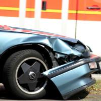 Unfall: Nachzügler - Querverkehr - Haftung